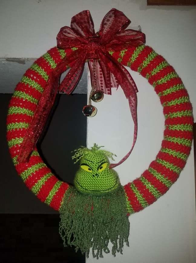 Grinch Christmas Wreath – Crochet's the word